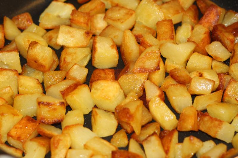 Pommes de terre saut es recette de pommes de terre saut es - Pomme de terre grille a la poele ...