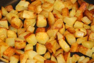 pommes de terre saut es recette de pommes de terre saut es. Black Bedroom Furniture Sets. Home Design Ideas